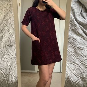 UO red/black floral pattern t shirt dress